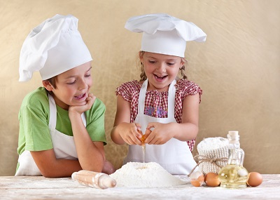 Kids Baking Small
