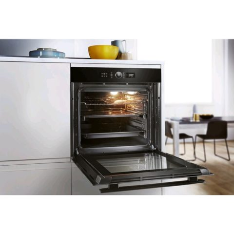 Whirlpool Built-In Electric Single Oven AKZ9 6230 NB